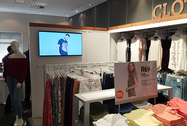 Digital Displays for Retail
